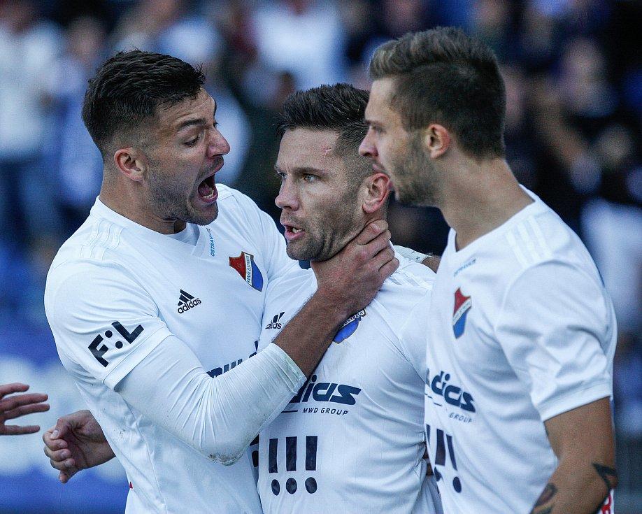 radost, gól, zleva Patrizio Stronati, Martin Fillo, Artem Meshchaninov