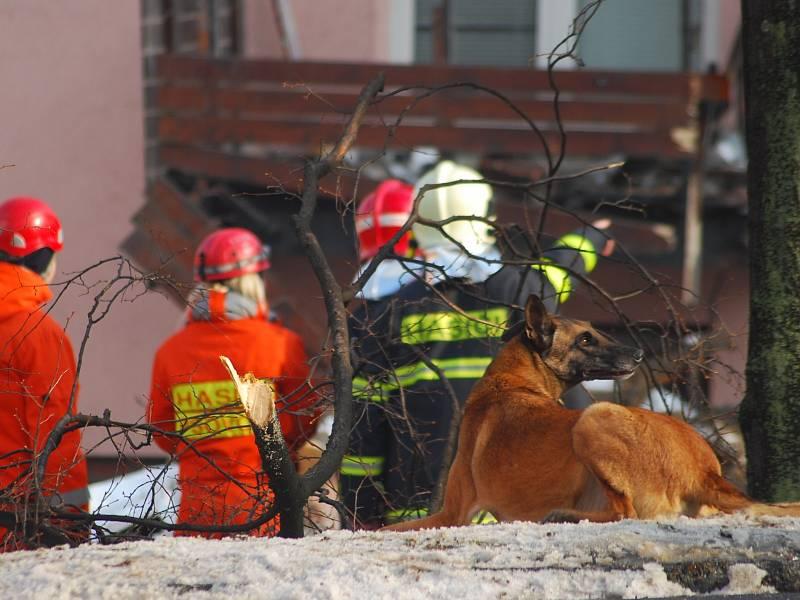 Za nedělním výbuchem ve Frenštátě pod Radhoštěm možná stála msta. Zemřelo při něm pět lidí a dalších jedenáct bylo zraněno.