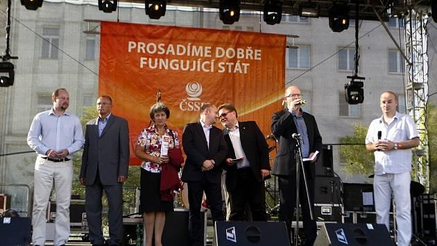 ČSSD zahájila svou volební kampaň na ostravském Masarykově náměstí.