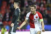 Tomáš Souček dvěma góly dovedl v sobotním utkání 15. kola FORTUNA:LIGY Slavii Praha k výhře 4:0 nad Baníkem Ostrava.