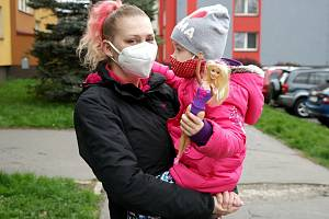 Světlana s dcerkou Viktorkou se stále vzpamatovávají, byť v době exploze v bytě nespí.