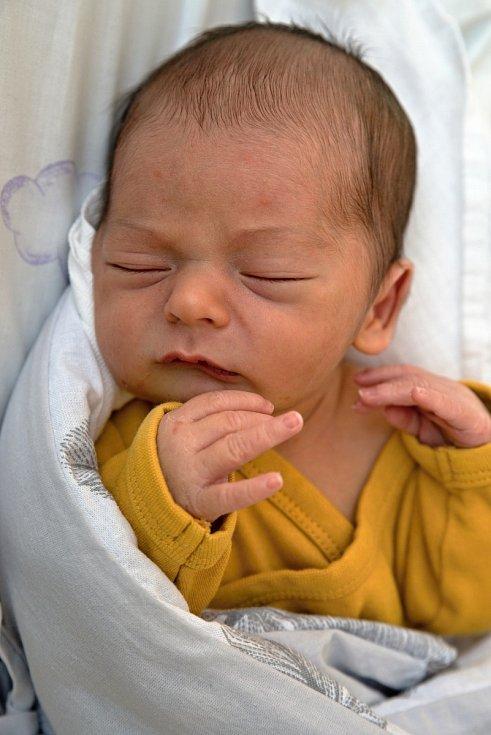 Antonín Preiss, Těrlicko, narozen 7. června 2021 v Karviné, míra 48 cm, váha 2900 g.