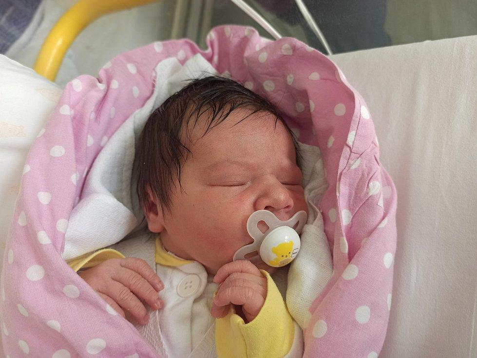 Amálie Přikrylová, Mosty u Jablunkova, narozena 11. dubna 2021 v Třinci, míra 52 cm, váha 4450 g. Foto: Gabriela Hýblová