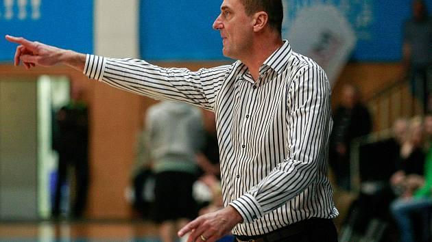 Trenér basketbalistů Ostravy Dušan Medvecký