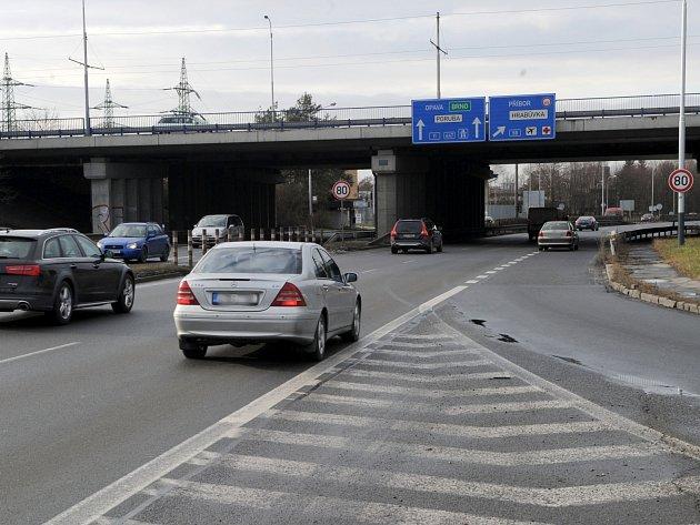 Letos začne oprava mostů v Plzeňské ulici, příští rok stavba nových ve Výškovické ulici.