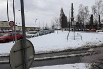 Přeložka Bílovecké povede podél železniční trati. Má být hotova v roce 2015.