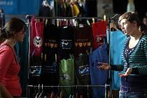Prodejní výstava nezávislé módy a designu Fashion Crossroad. Svou tvorbu zde nabízí originální módní návrháři a designéři z České republiky, Slovenska a Polska.