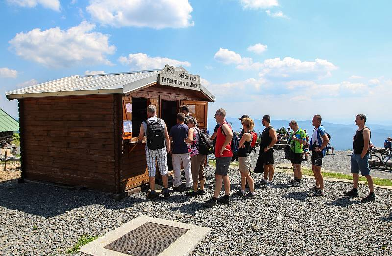 Lysá hora, červenec 2018. Výstup na vrchol Beskyd absolvuje každoročně statisíce turistů.
