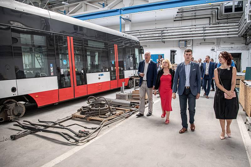 Slavnostní ceremoniál k začlenění Ekova Electric do skupiny Škoda Transportation, 9. srpna 2021 v Ostravě.
