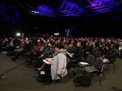 Na konferenci nazvané Evidence tržeb v praxi vysvětloval některé otázky k EET i ministr financí Andrej Babiš.