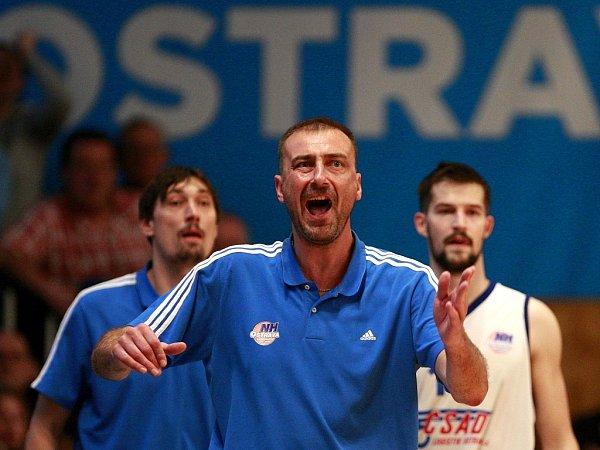 Trenér basketbalistů Ostravy Dušan Medvecký.