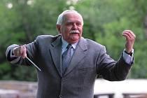 Hudebník a dirigent Karel Bria.