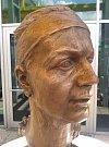 Busta Petry Kvitové od sochaře Milana Bendy | Foto: