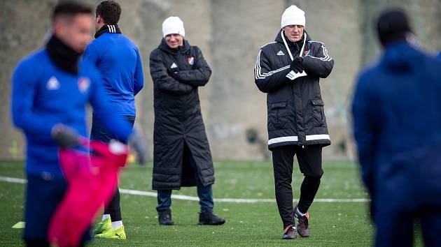První trénink zimní přípravy fotbalistů Baníku Ostrava.