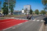 Přechod pro chodce u Ferony v Ostravě. Místo, kde řidič srazil dva bruslaře. Jeden z nich na místě zemřel, druhý je zraněný.