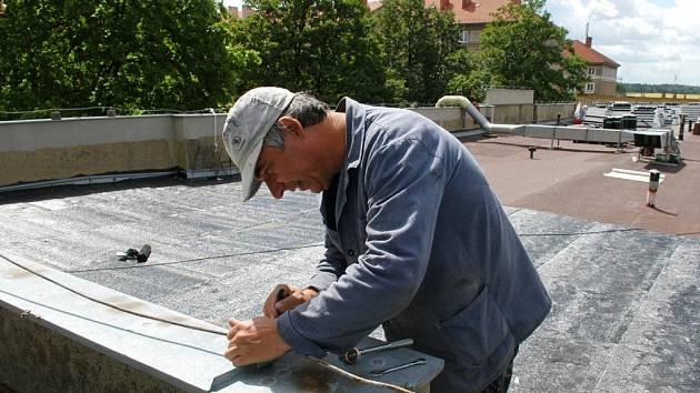 Řada školských nzařízení v Ostravě-Porubě prochází opravami