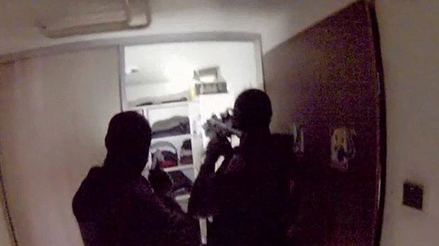 Video ze zatýkání členů drogového gangu
