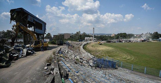 Demolice stadionu Bazaly, 23.července 2018vOstravě.