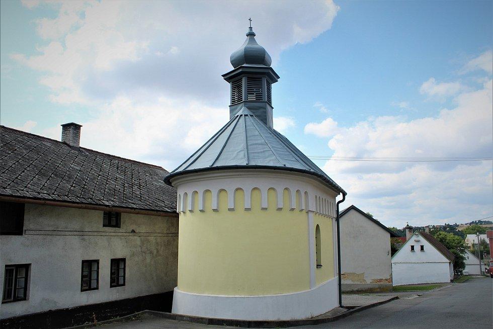 Kaple ve Zbyslavicích.