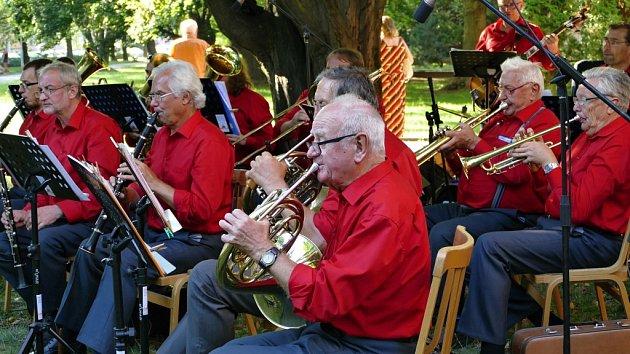 Pohádka i promenádní koncert