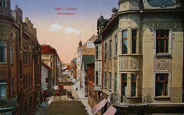 STARÁ STODOLNÍ. Již na začátku 20.století oplývala známá ostravská Stodolní ulice množstvím hospod inevěstinců a byla považována za hnízdo neřesti.