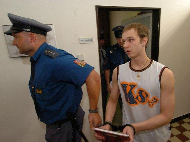 Tomáš Šmondrk stráví za mřížemi třináct let.