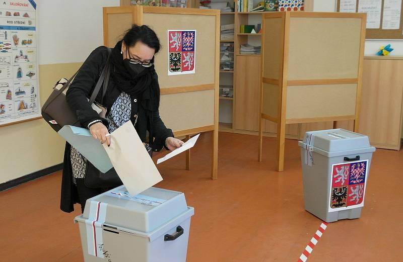 Nejen volby, ale i referendum, tak to vypadalo v Ostravě-Staré Bělé, kde lidé nechtějí nové maloobchodní centrum.