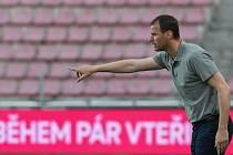 Fotbalisté Baníku Ostrava hráli na Letné proti Spartě (31. kolo FORTUNA LIGY, 9. května 2021). Na snímku ostravský trenér Ondřej Smetana.