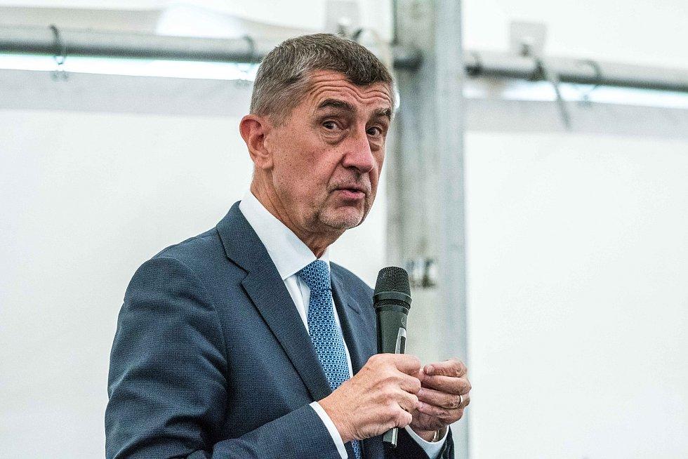 Andrej Babiš při setkání s občany u kostela Sv. Ducha v Ostravě - Zábřehu.