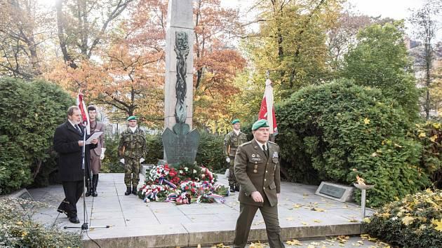 Ceremonie k 98. výročí vzniku samostatného československého státu v Ostravě.