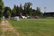Dopravní hřiště a sportovní areál u základní školy na Bílovecké ulici ve Svinově, červen 2021.