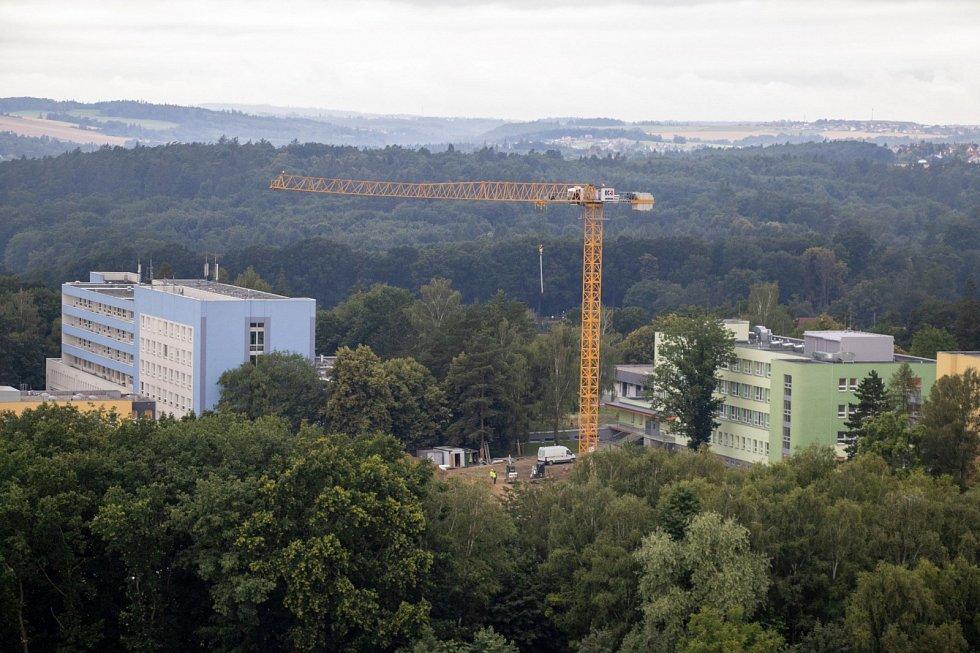 V areálu Fakultní nemocnice Ostrava vzniká nový psychiatrický pavilon.