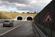 Po ostravské dálnici už mohou řidiči plynule projet z Bohumína až do Bělotína.