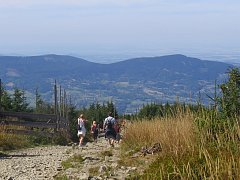 Mnoho dá přednost dovolené v tuzemsku, například v Beskydech. Ilustrační foto.