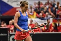 Barbora Strýcová (na snímku) podlehla v úvodní dvouhře Garbiňe Muguruzaové 0:6, 6:3 a 1:6.