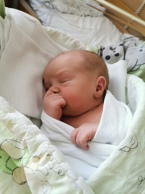 Samuel Schindler z Havířova, narozen 8. července 2021 v Havířově, míra 48 cm, váha 3160 g. Foto: Michaela Blahová