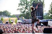 Hudební festival Colours of Ostrava 2019 v Dolní oblasti Vítkovice, 20. července 2019 v Ostravě.Na snímku francouzská zpěvačka Zaz.