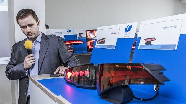 Počátky ostravského centra spadají do roku 2012, kdy tým sedmi inženýrů pracoval na prestižní zakázce pro automobilku Bentley.