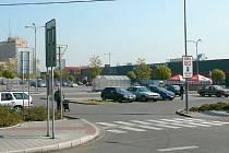 Dříve na tomto místě byla autobusová nástupiště.