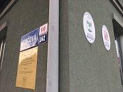 Informativní cedule v Nové Bělé mají současné a budoucí generace informovat, po kom nesou ulice svůj název.