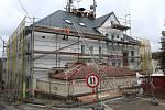 Generální rekonstrukce úřadu v Plesné.