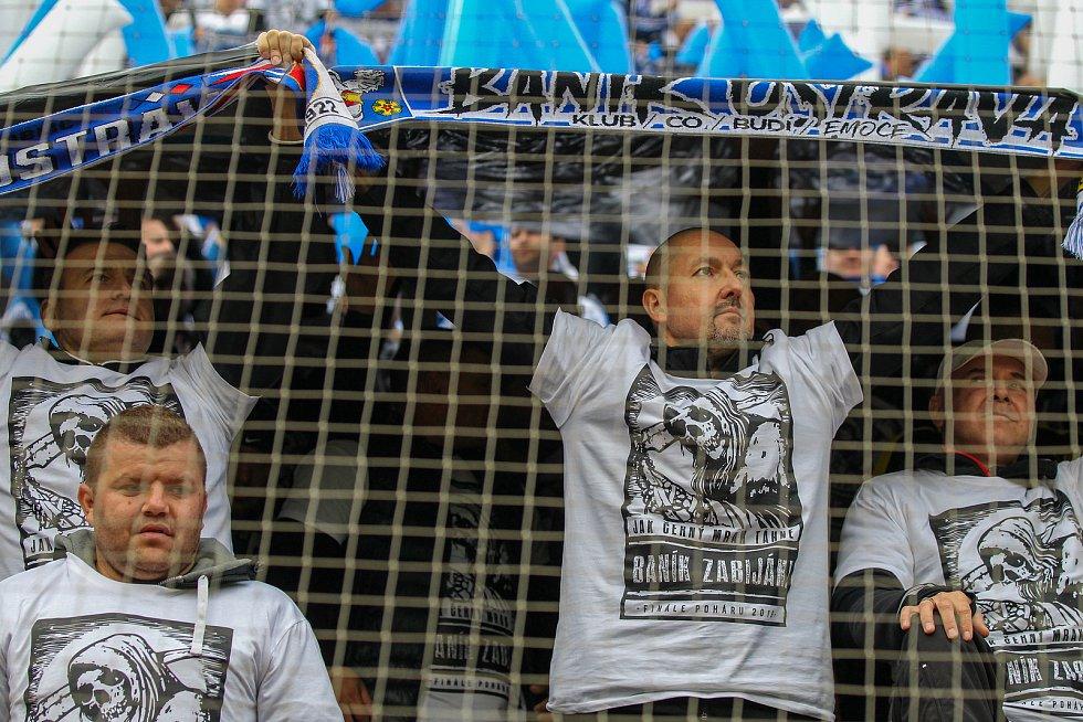 Finále fotbalového poháru MOL Cupu, Baník Ostrava - Slavia Praha 22.května 2019 v Olomouci. Na snímku fanoušci.