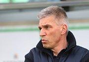 Norbert Hrnčár skončil 12. března 2019 na lavičce karvinských fotbalistů. Foto: Ivo Dudek
