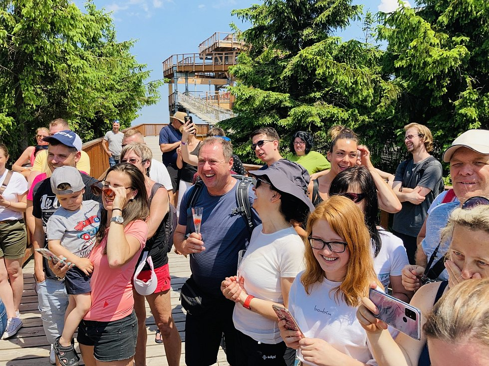 Richard Krajčo, sobotní magnet na Stezce Valašce a pátá celebrita na tamním chodníku slávy.