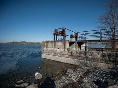 První etapa revitalizace Hlučínského jezera by měla začít příští rok. Projekt se dostal do vládního seznamu prioritních projektů revitalizace Moravskoslezského kraje.
