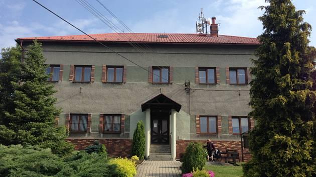 Budova úřad by do dvou let měla sloužit seniorům.