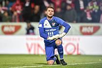 Viktor Budinský se zranil během přípravného zápasu v Kroměříži. Chybět bude přibližně šest týdnů.