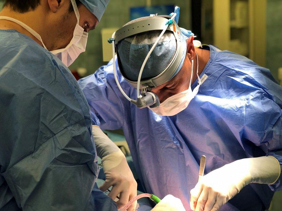 Hrudní chirurg MUDr. Marcel Mitták, Ph.D., FETCS.