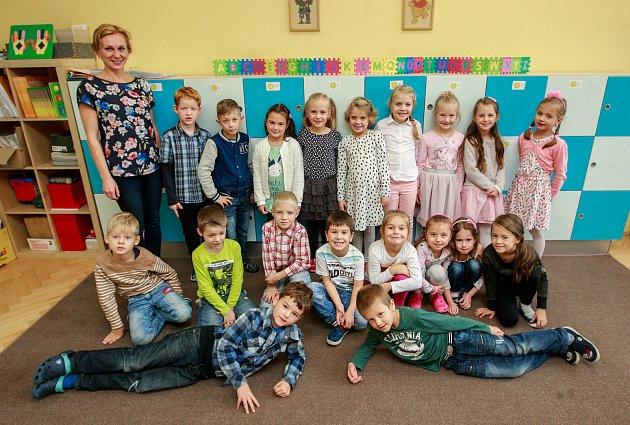 Žáci 1.A, Základní škola Datyňská 690, Vratimov, střídní učitelkou Pavlínou Koudelkovou