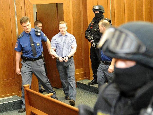 V kauze vítkovských žhářů začaly v úterý u Krajského soudu v Ostravě závěrečné řeči.
